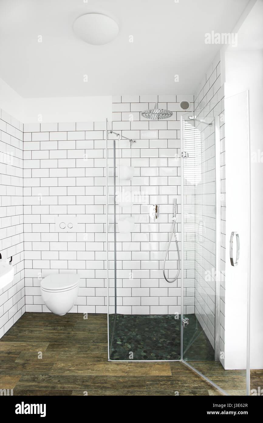 Stylish clean bathroom Stock Photo: 139839023 - Alamy
