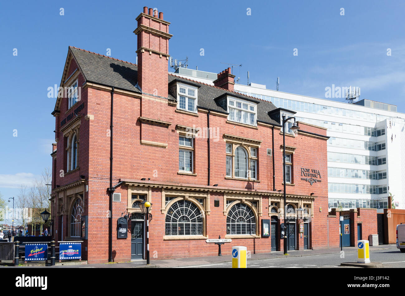 The Rose Villa Tavern traditional public house in Birmingham's Jewellery Quarter - Stock Image