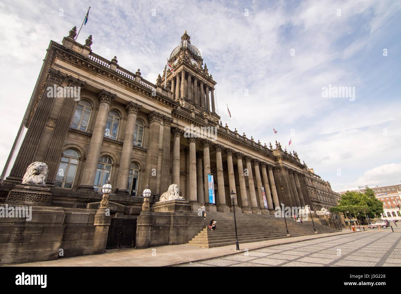 Leeds, England, UK - June 29, 2015: The neoclassical Leeds Town Hall on The Headrow street. - Stock Image