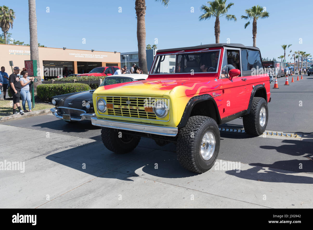 2017 Ford Bronco >> Buena Park Usa April 30 2017 Ford Bronco On Display