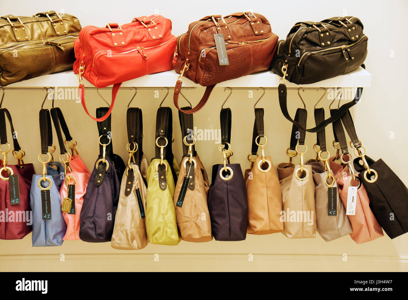 Miami Beach Florida Washington Avenue shop boutique designer handbags  display store purses retail tote bags leather canvas col e984911519e4f
