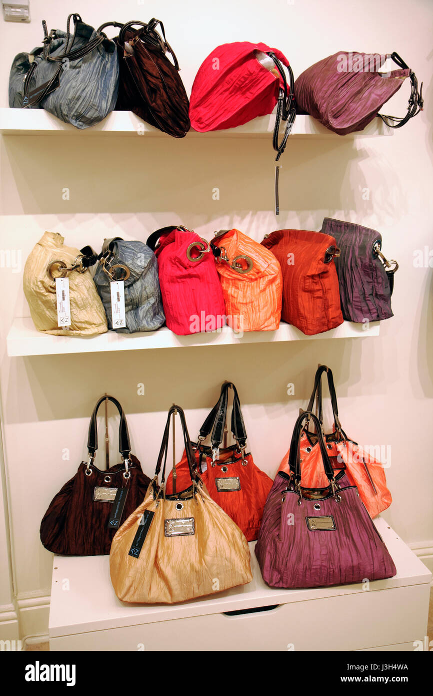Miami Beach Florida Washington Avenue shop boutique designer handbags  display store purses retail tote bags leather 8ae91e4c12ad9