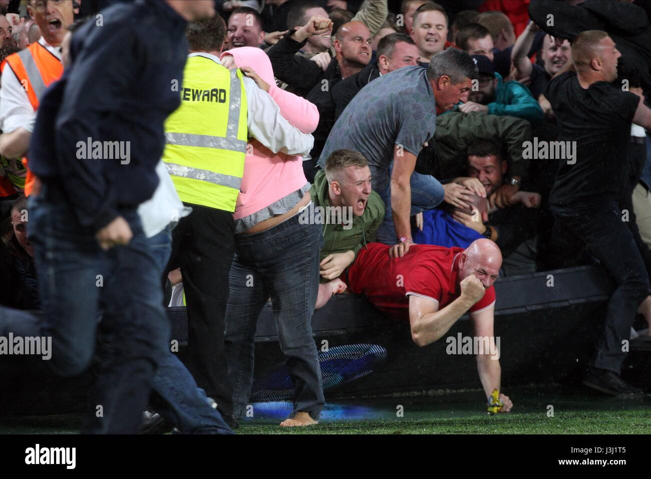 MANCHESTER UNITED FANS CAUSE C HULL CITY FC V HULL CITY FC V MANCHESTER UNIT KCOM STADIUM HULL ENGLAND 27 August - Stock Image