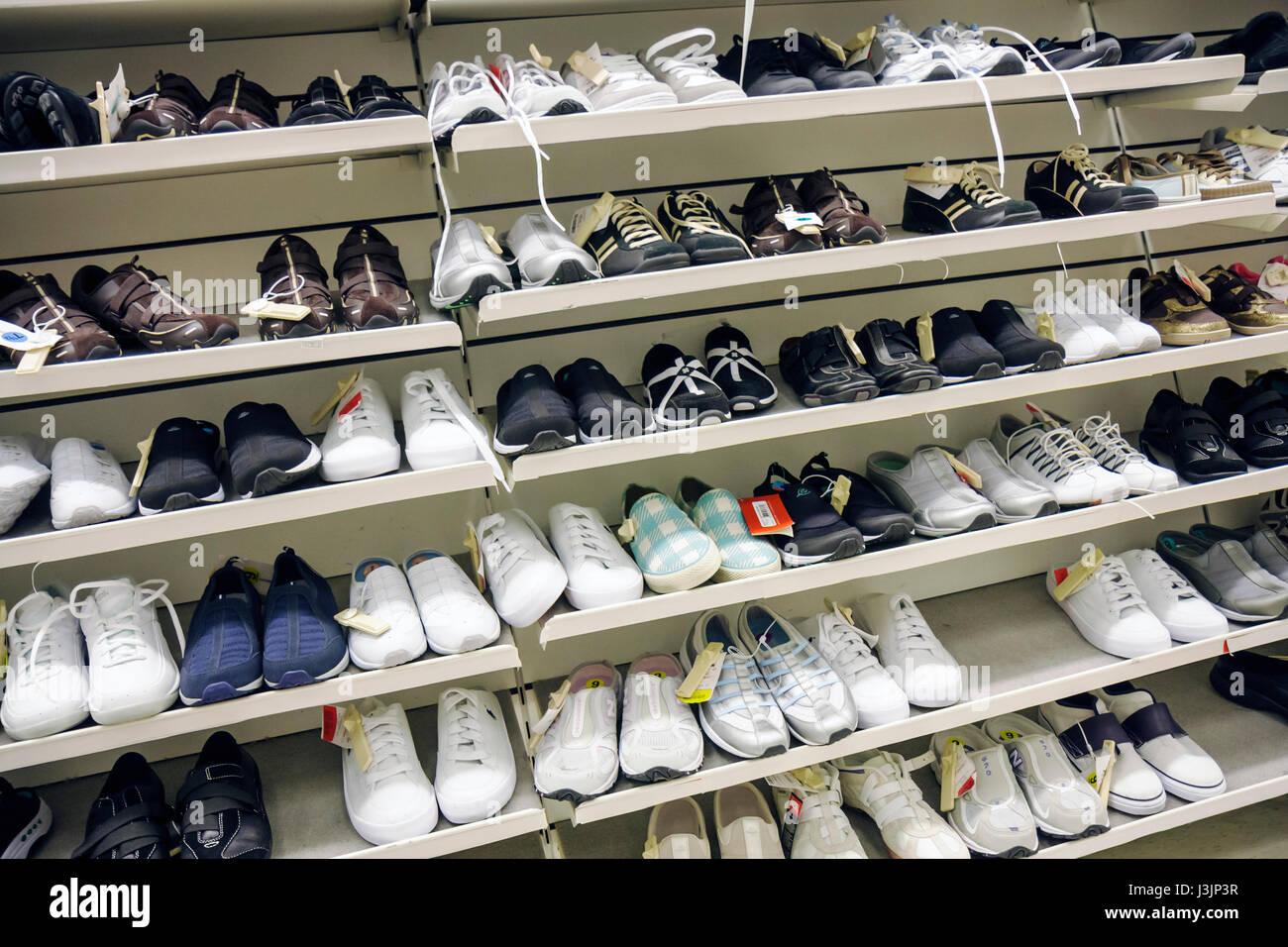 tj maxx shoes on sale