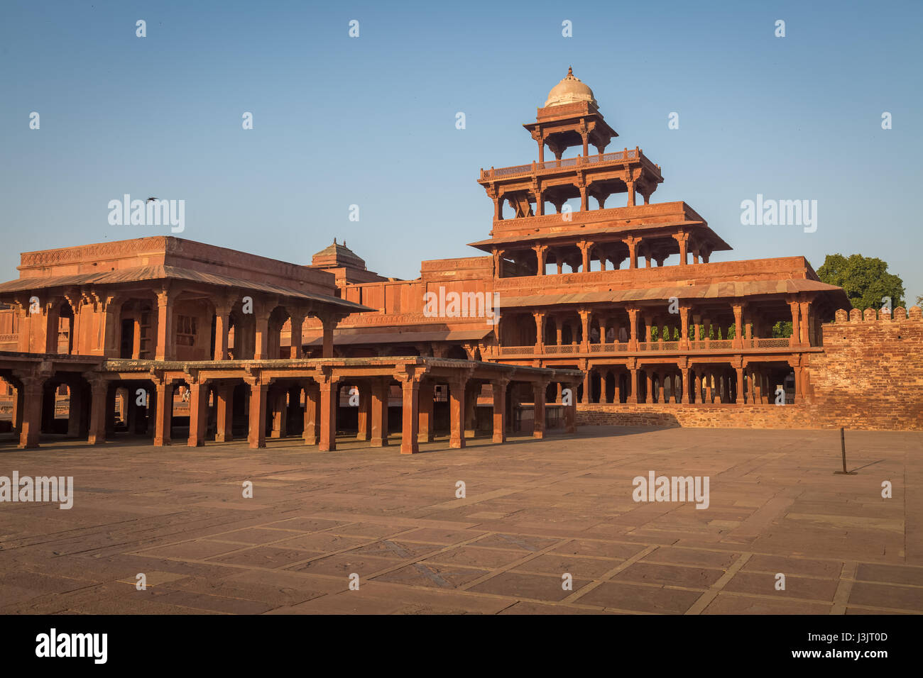 historic indian architecture building panch mahal built by mughal