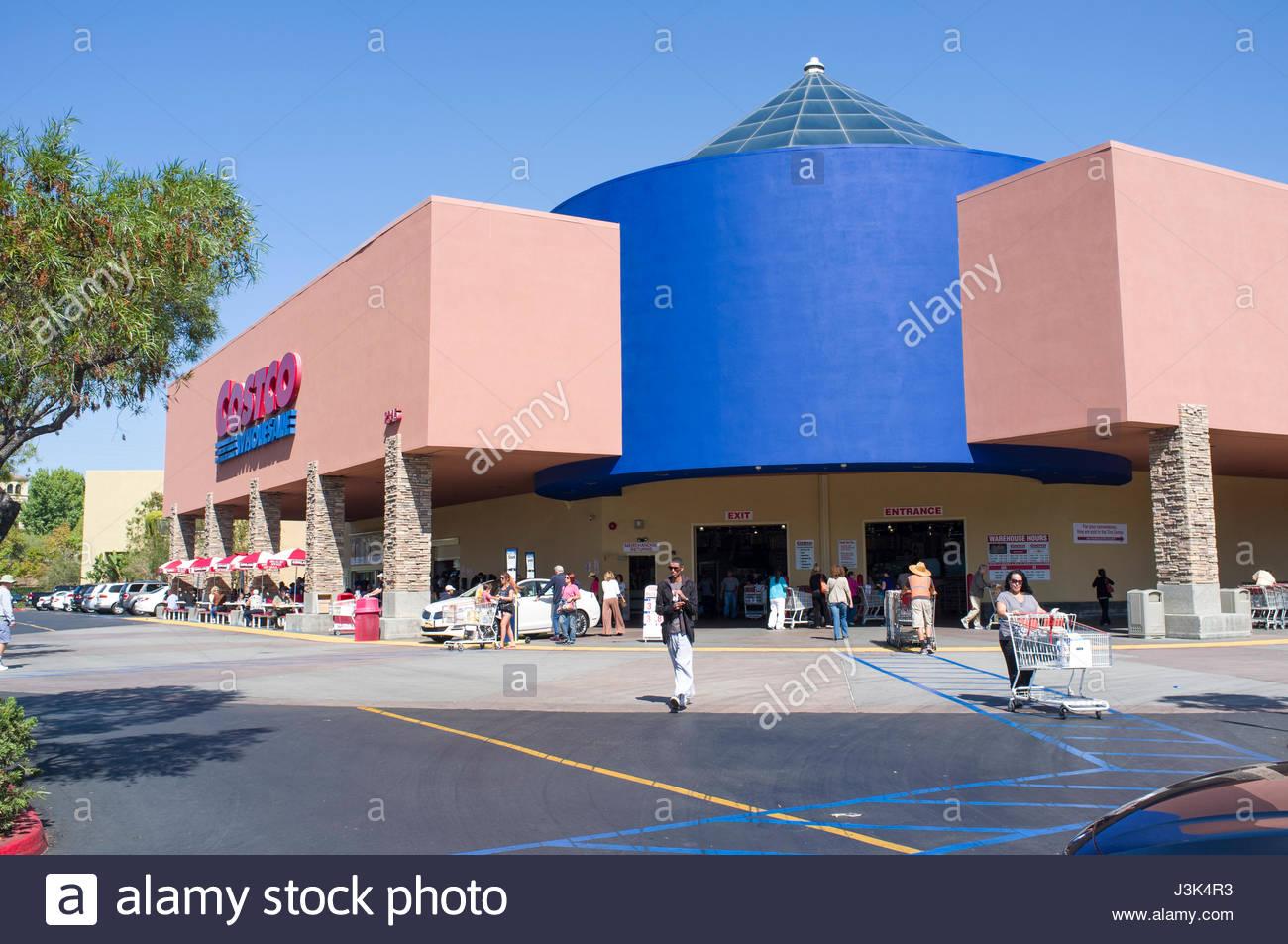 Costco Superstore, 2345 Fenton Pkwy, San Diego, California, USA