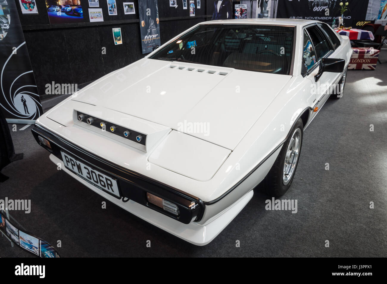 STUTTGART, GERMANY - MARCH 03, 2017: Sports car Lotus Esprit S1, 1977. From the film about James Bond 'The Spy - Stock Image