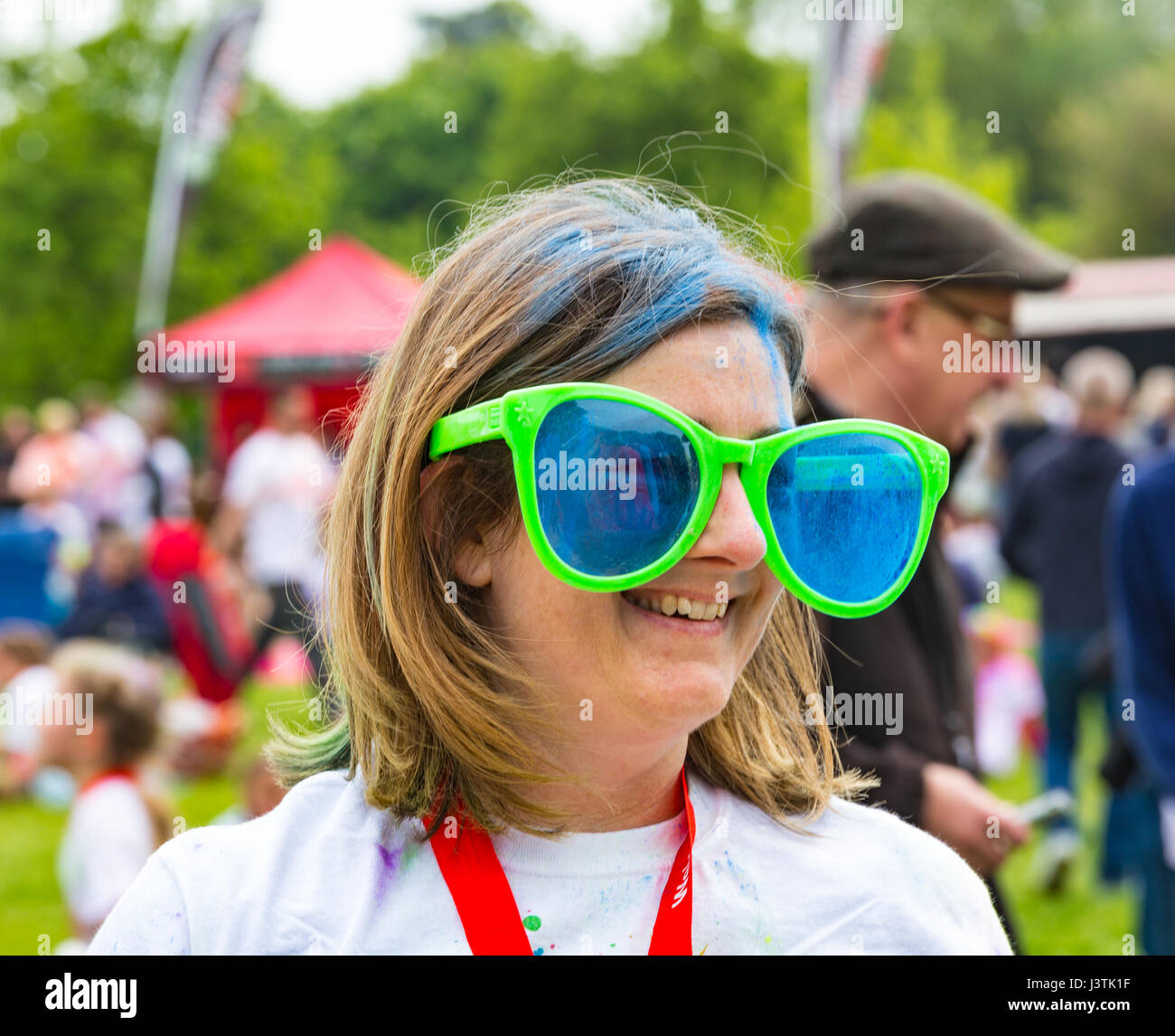 Weymouth, Dorset, UK. 6th May, 2017. Weldmar's Colour Run takes place at Weymouth to raise funds for the charity. Stock Photo