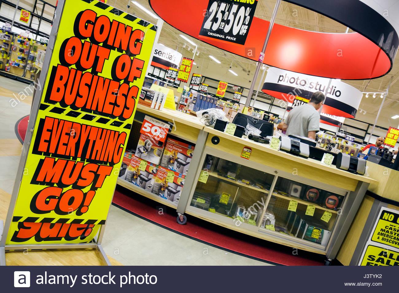 Port St Lucie Florida Saint Circuit City Retailer Consumer Electronics Going Out Of Business Sale