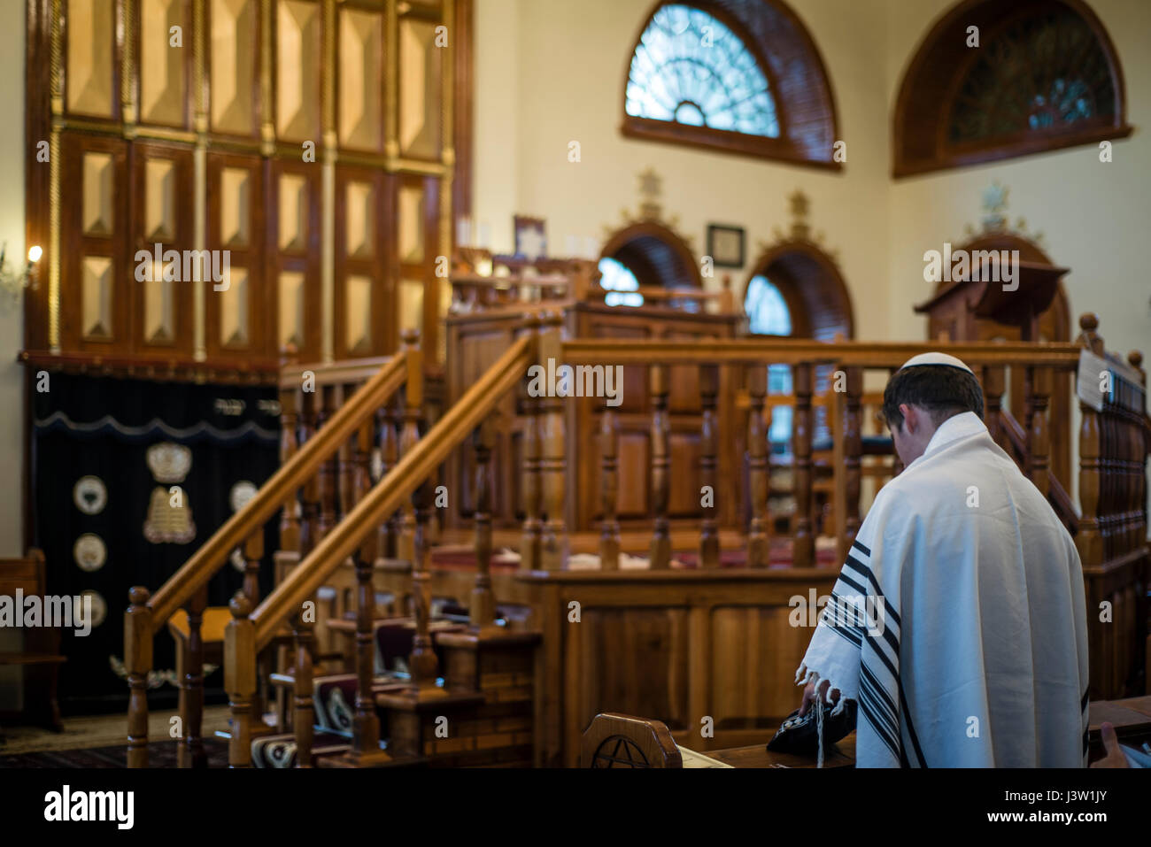 Mincha prayer service in the Six-domed Synagogue in Qırmızı Qəsəbə, or Red Town, Quba district of Azerbaijan. Qırmızı - Stock Image