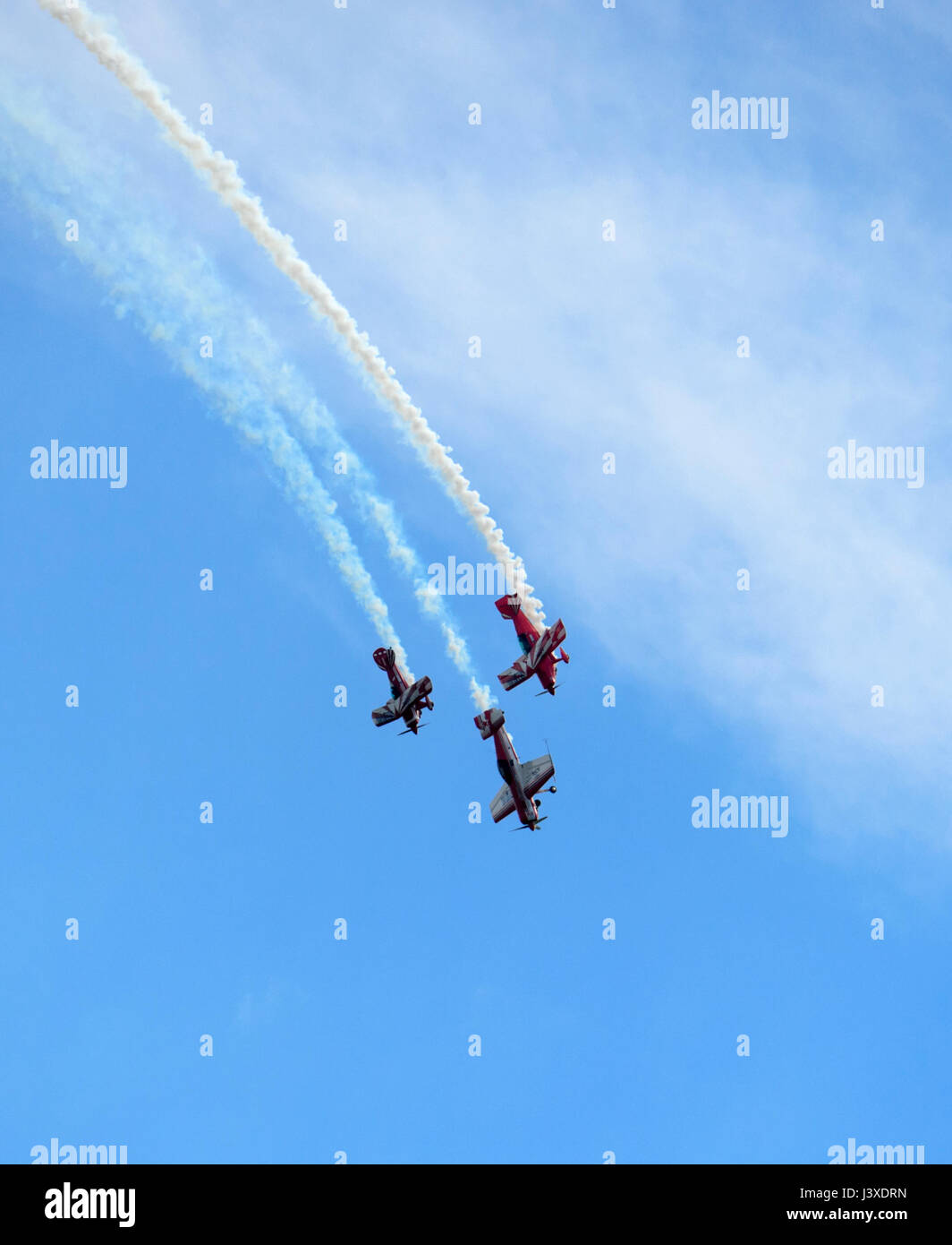 Paul Bennet's Wolf Pitts Pro performing at Wings over Illawarra 2017 Airshow, Albion Park, NSW, Australia - Stock Image