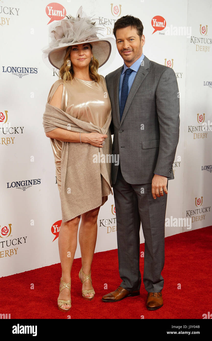 jill goodacre and harry connick jr at churchill downs 143