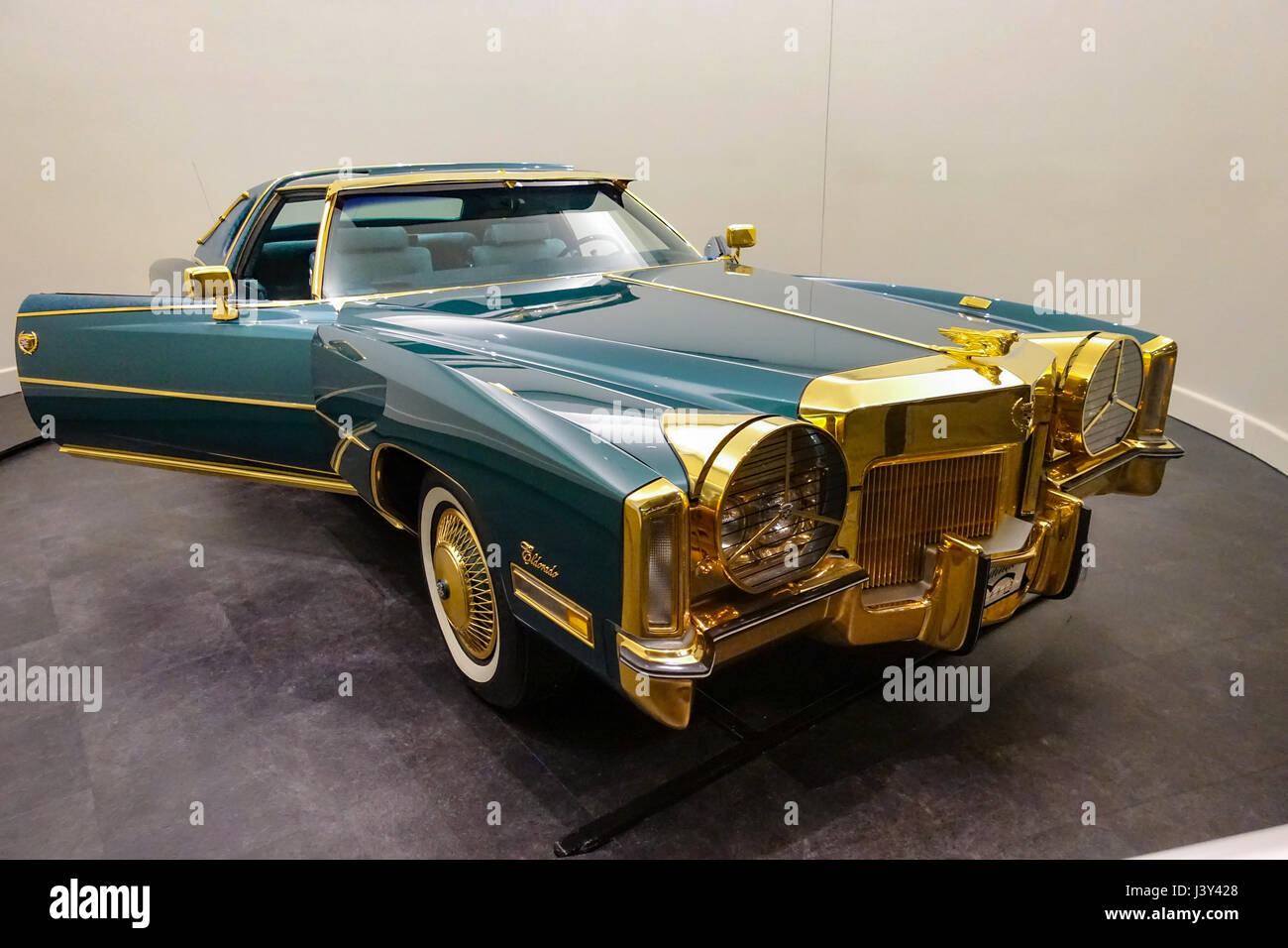 Isaac Hayes Gold Plated Cadillac In The Stax Museum Of American