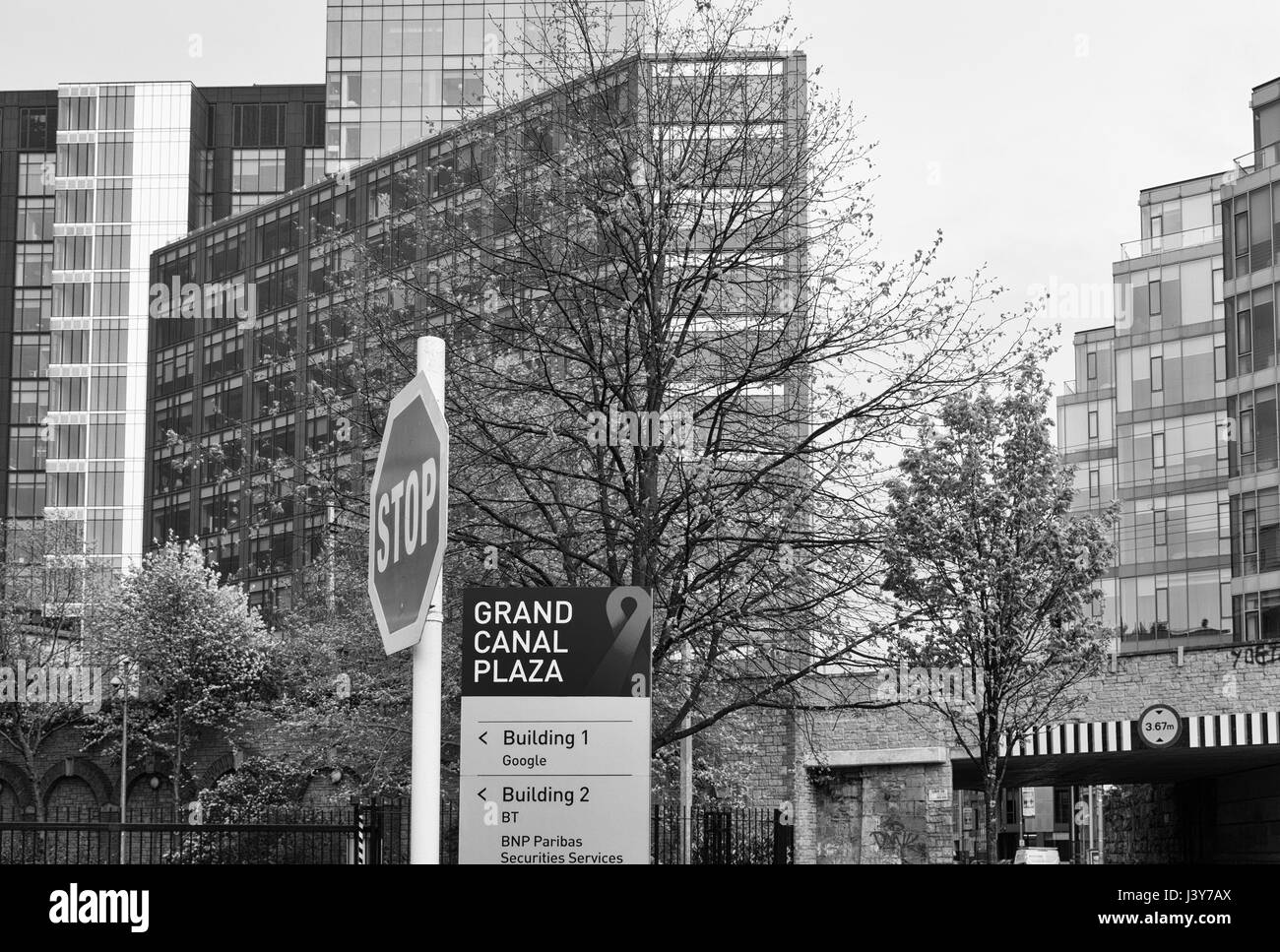 Google Office Snapshots 2 With Modern Office Building In Dublin Ireland Google European Headquaters Stock Image Office Black And White Photos u0026 Images Alamy