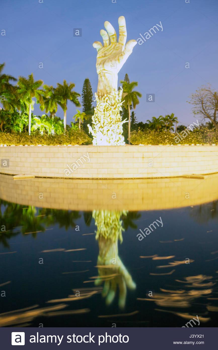 Miami Beach Florida Holocaust Memorial bronze Sculpture of Love and Anguish arm hand Kenneth Treister meditation - Stock Image