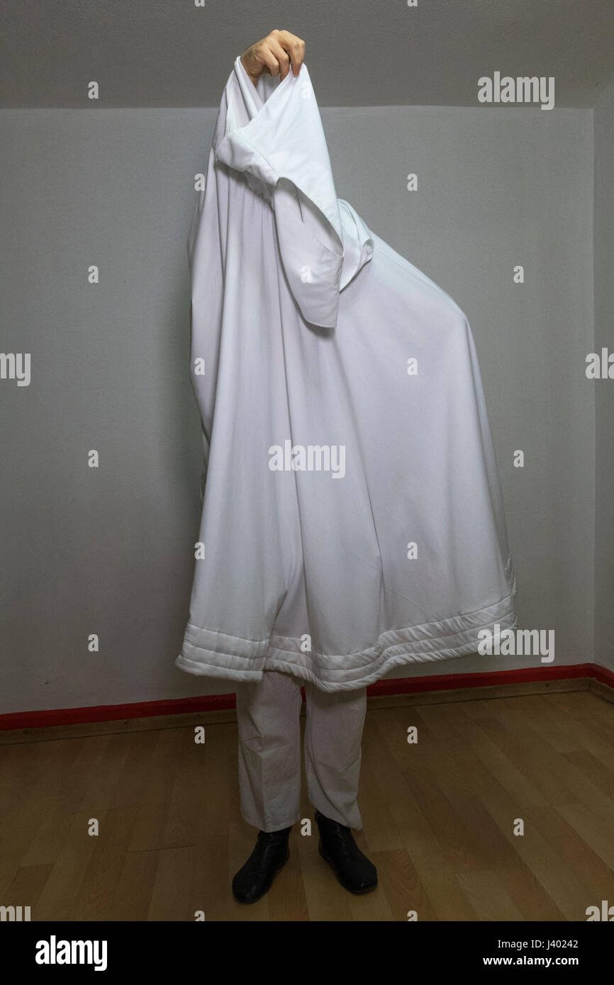 Dervish Robing, putting on Destegul, Tennure Support without button, without bracket, Yaqup Baba of Fatih, Istanbul, - Stock Image