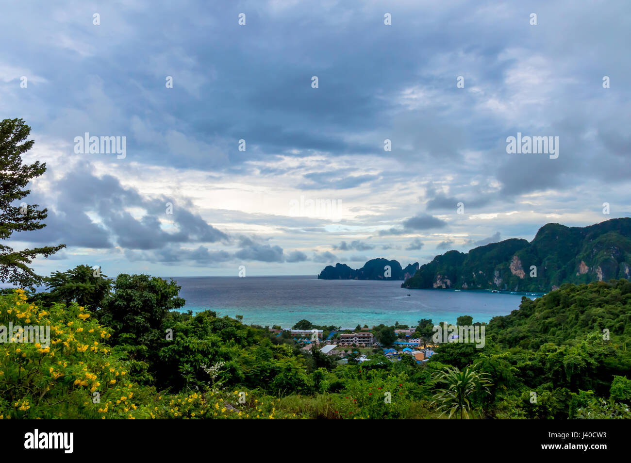 Scenics view from island viewpoint against bay and clouds - Stock Image