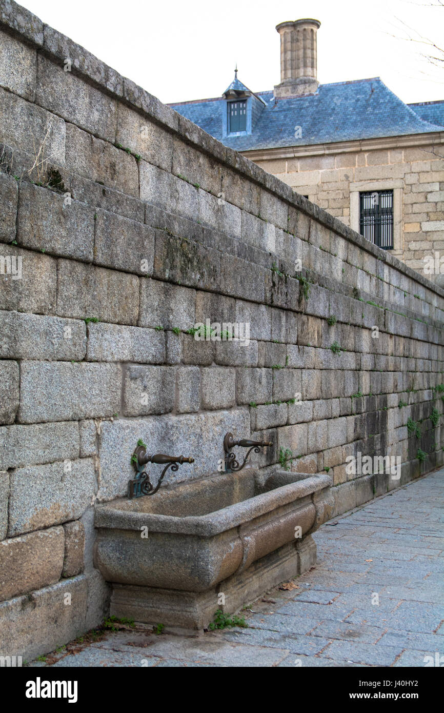 Medieval Fountain in the Surroundings of the El Escorial Monastery - Stock Image