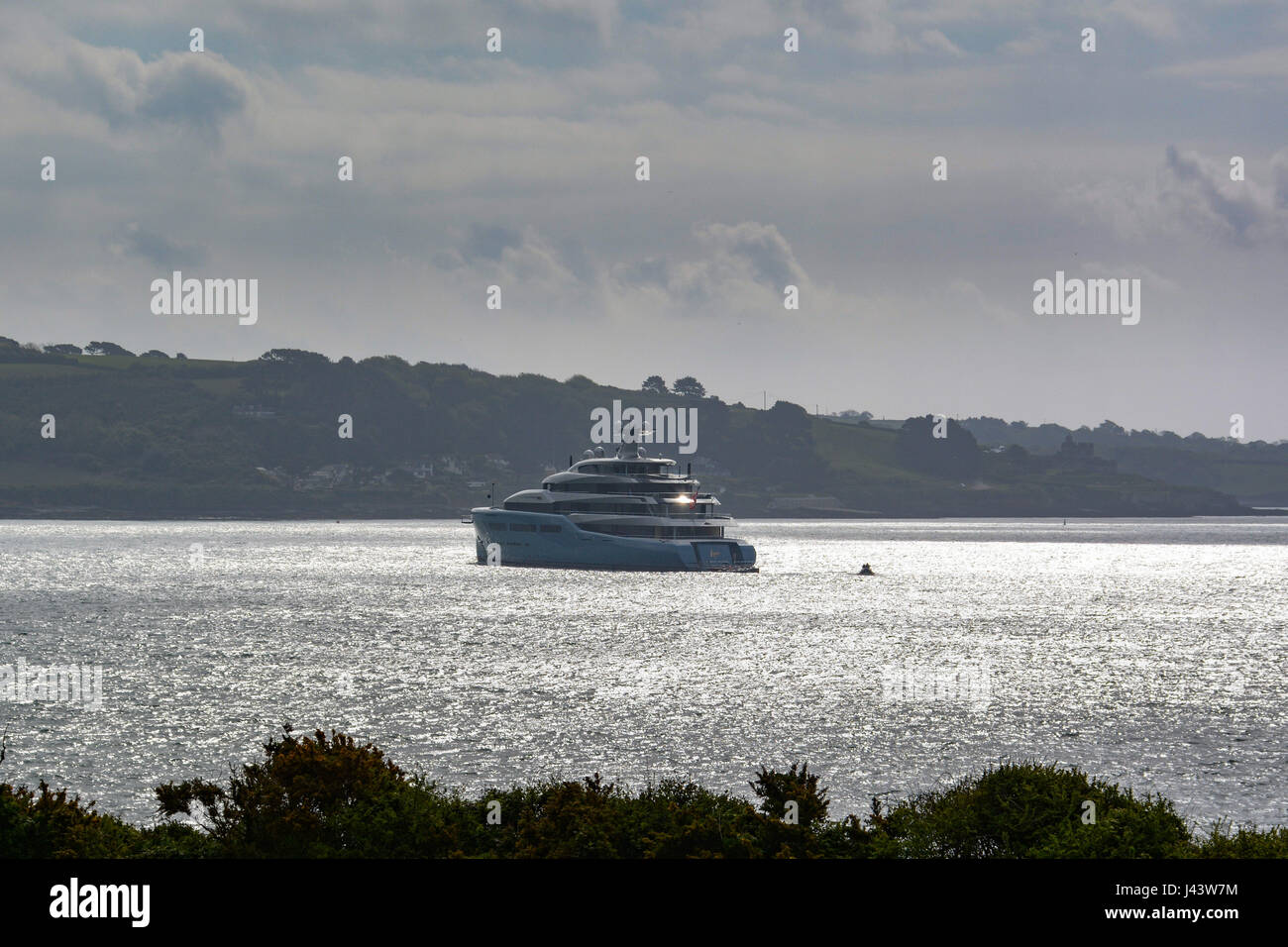 Flushing, Cornwall, UK. 9th May 2017. The super yacht Aviva is moored off Falmouth today. Owned by the billionaire Stock Photo