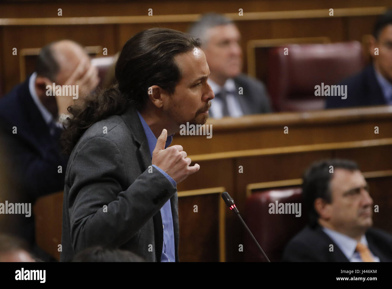 Madrid, Spain. 10th May, 2017. Leader of left-wing party Podemos, Pablo Iglesias, poses a question during a Government's - Stock Image