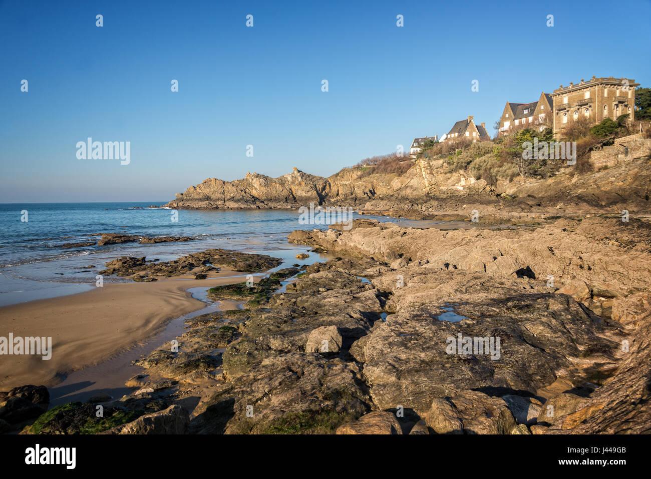 Coast of Brittany at Saint Lunaire near Saint Malo, France - Stock Image