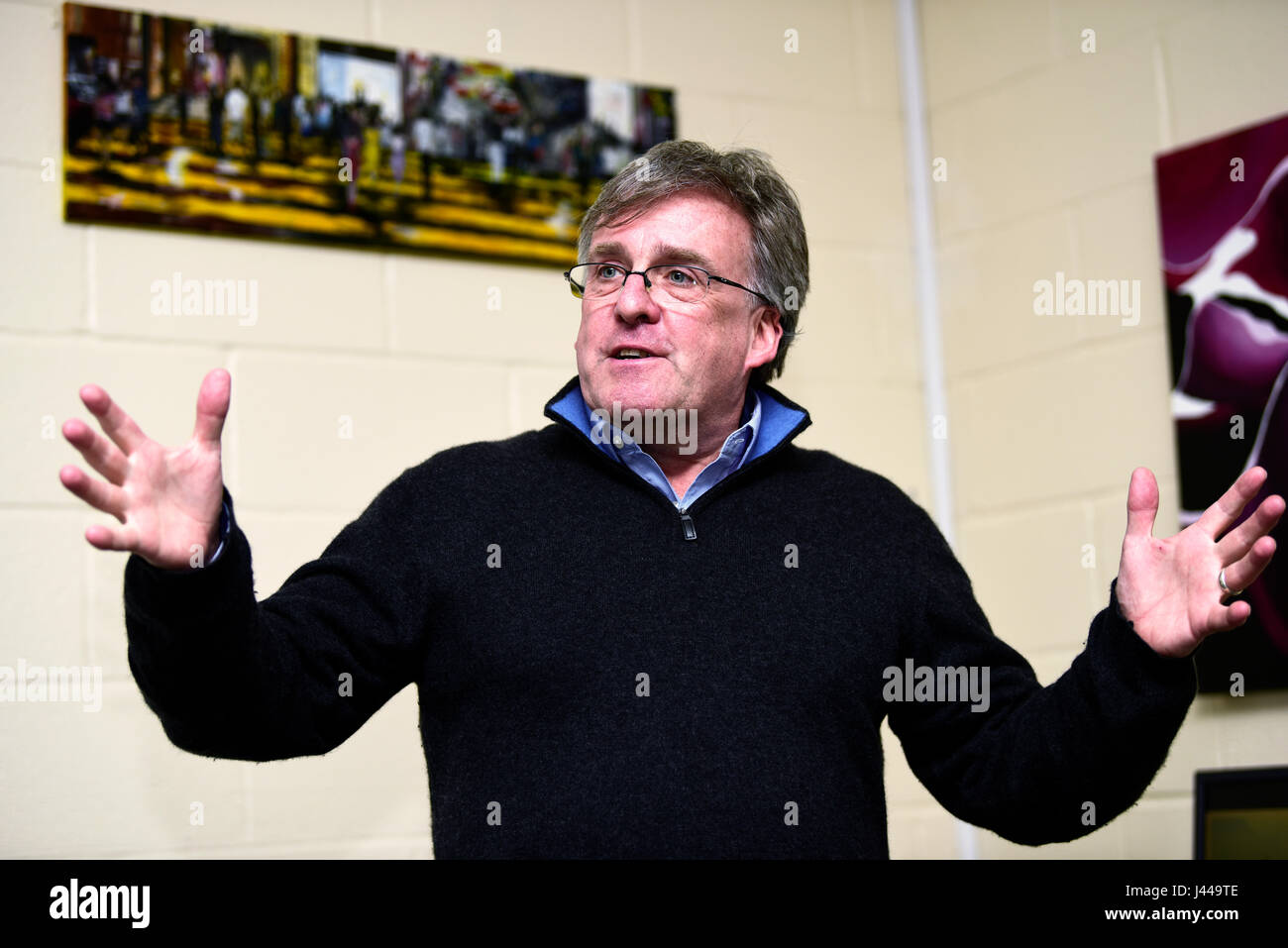 Dr Mike Knapton, British Heart Foundation Associate Medical Director, giving a talk to pupils at The Royal School, - Stock Image