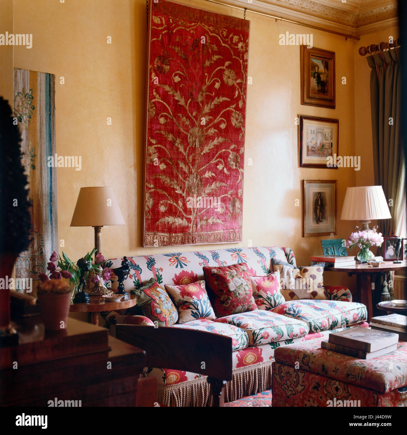 18th Century Mogul Antique Velvet In Richly Decorated Drawing Room.