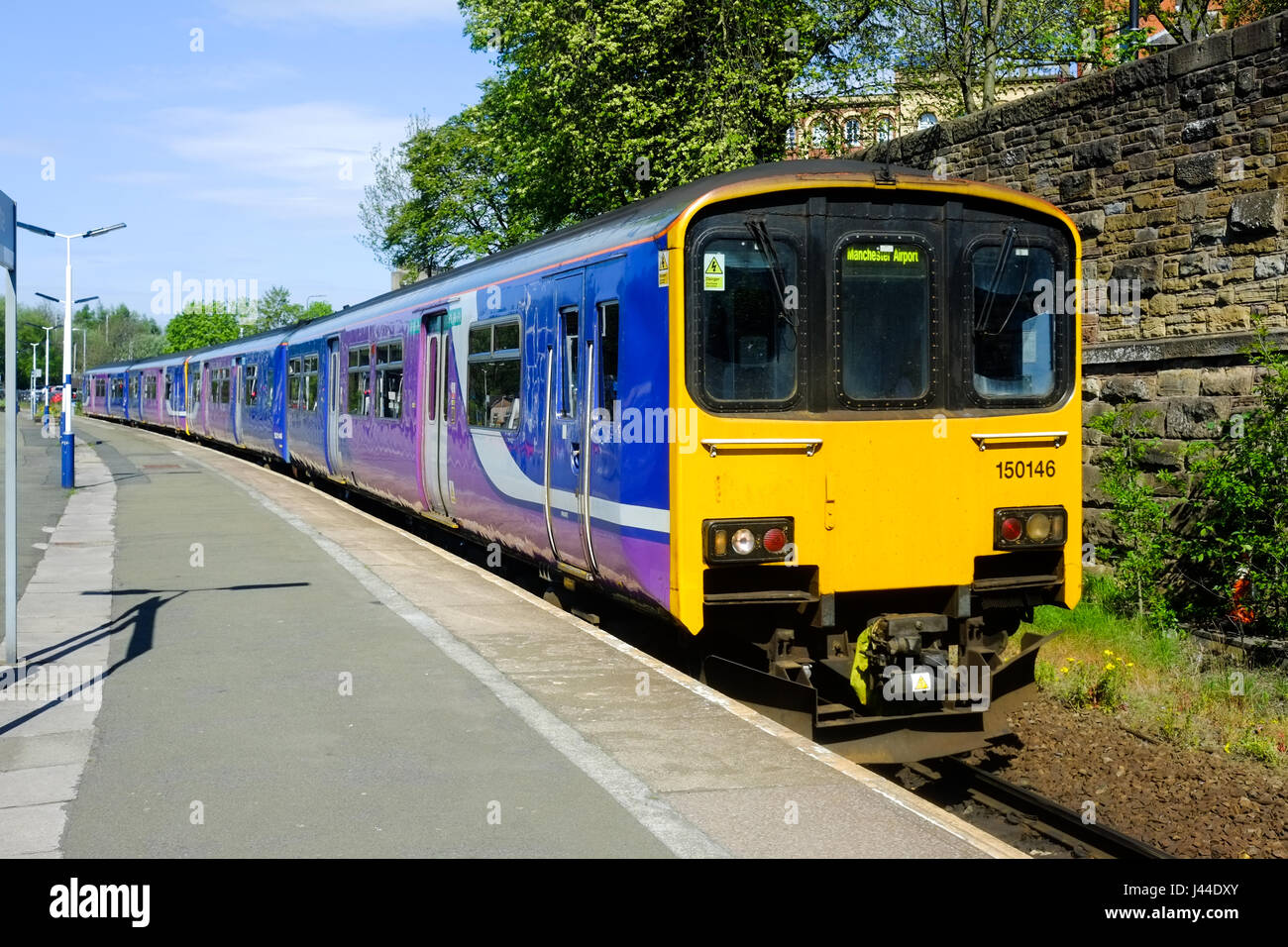 A Northern Rail 'Sprinter' dmu in Wigan Wallgate Station - Stock Image