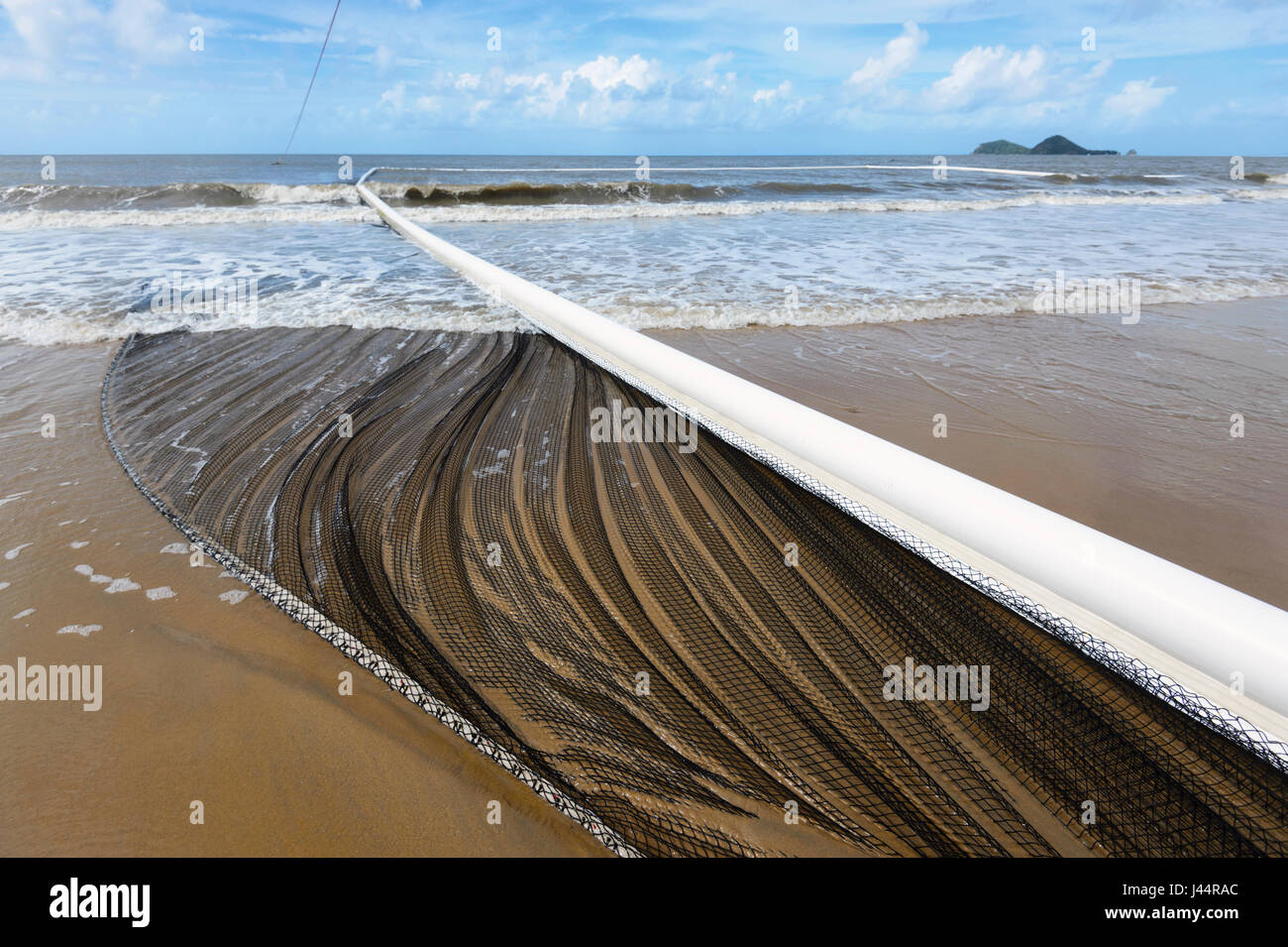 Stinger net to protect swimmers in the Coral Sea, Ellis Beach, Far North Queensland, FNQ, Australia - Stock Image