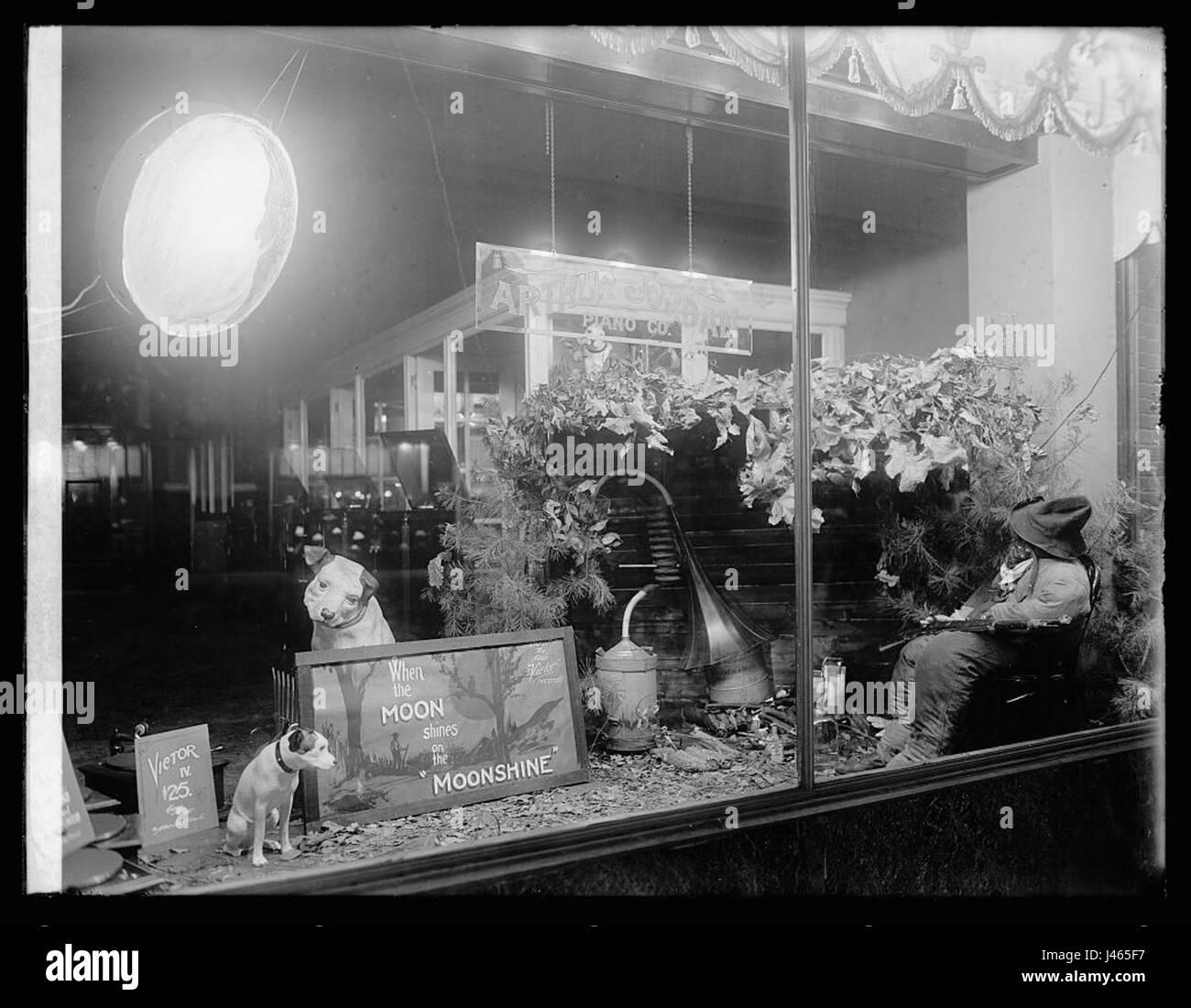 Moonshine window display Jordan Piano Company - Stock Image