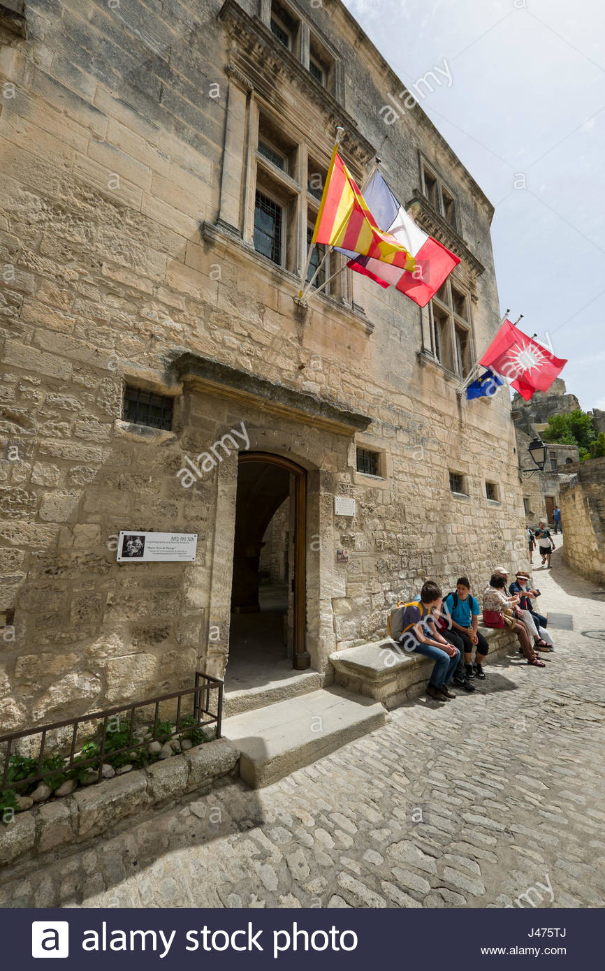 Provence-Alpes-Côte d'Azur, French, Coat of arms and European Union flags on building, Les Baux-de-Provence, - Stock Image