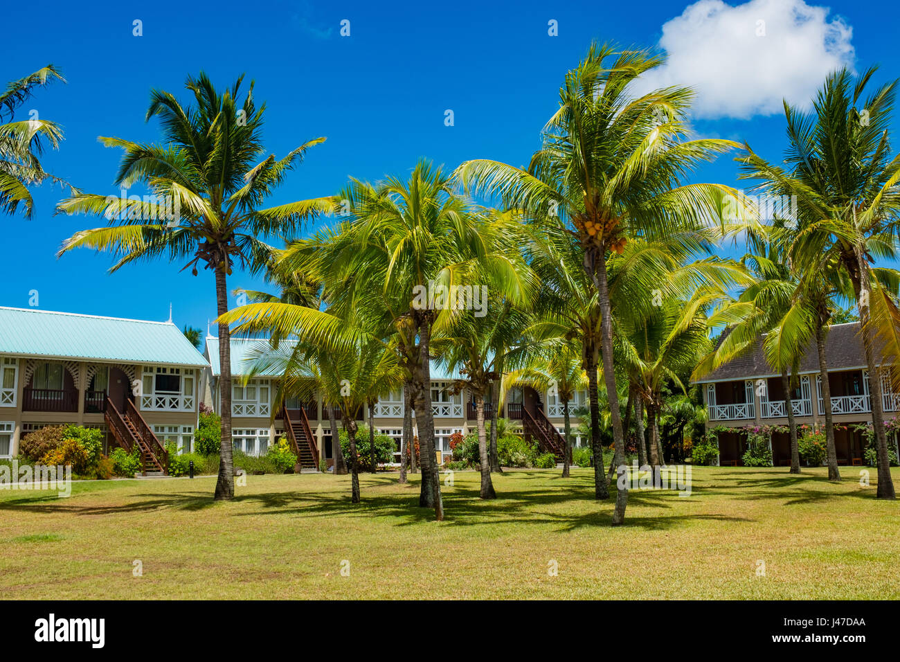 Tropical Island Beach Ambience Sound: Mauritius Tropics Tropical Island Stock Photos & Mauritius