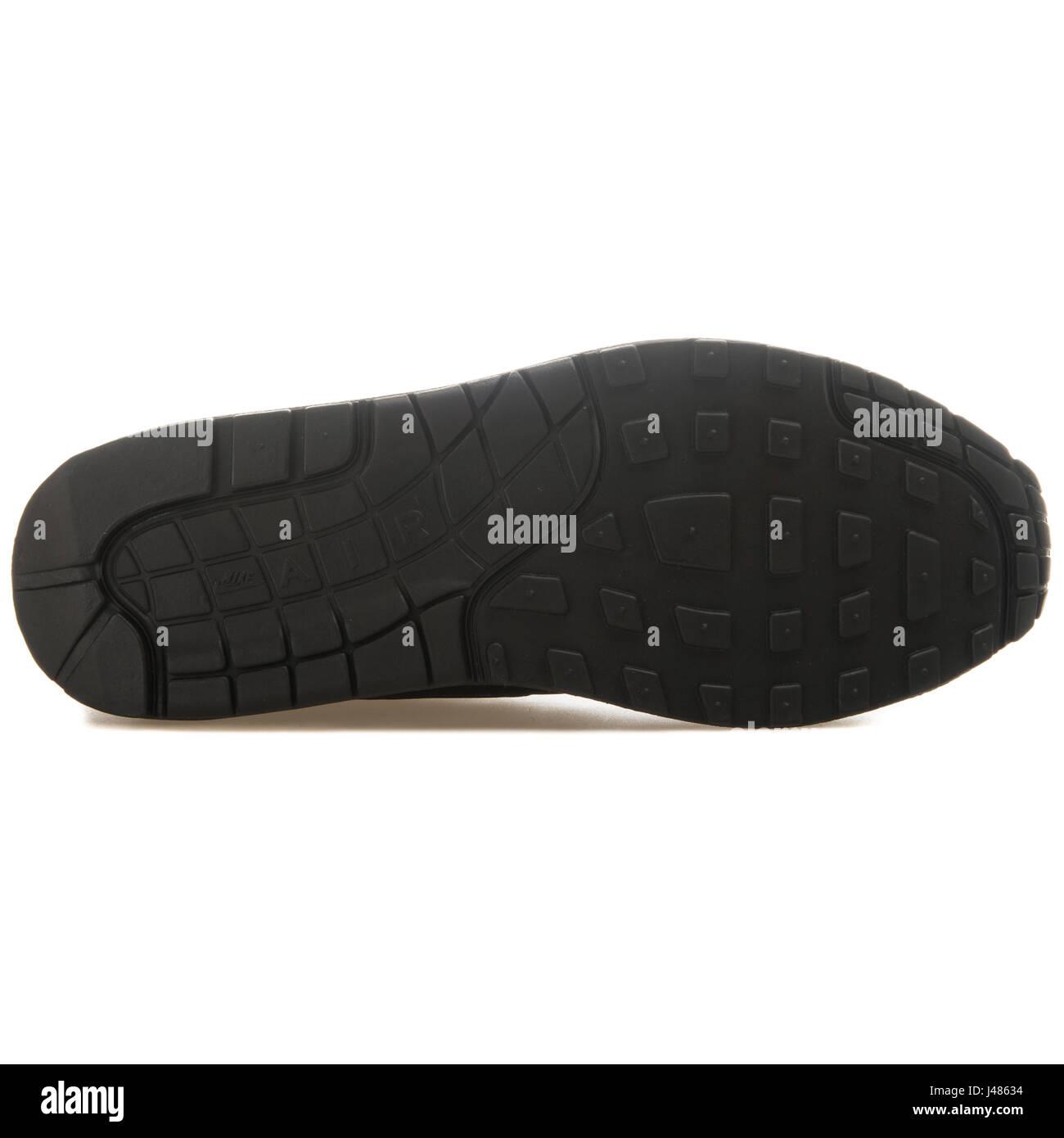 Nike Air Max 1 Essential - 537383-025 - Stock Image