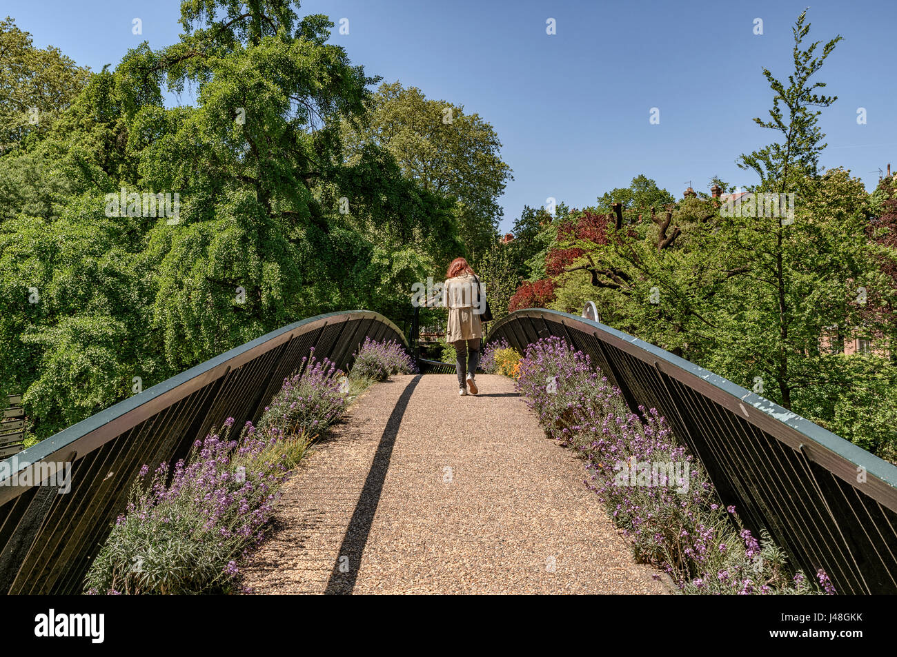 Bridge on Jardin Grand Rond public park in the french city of Stock ...