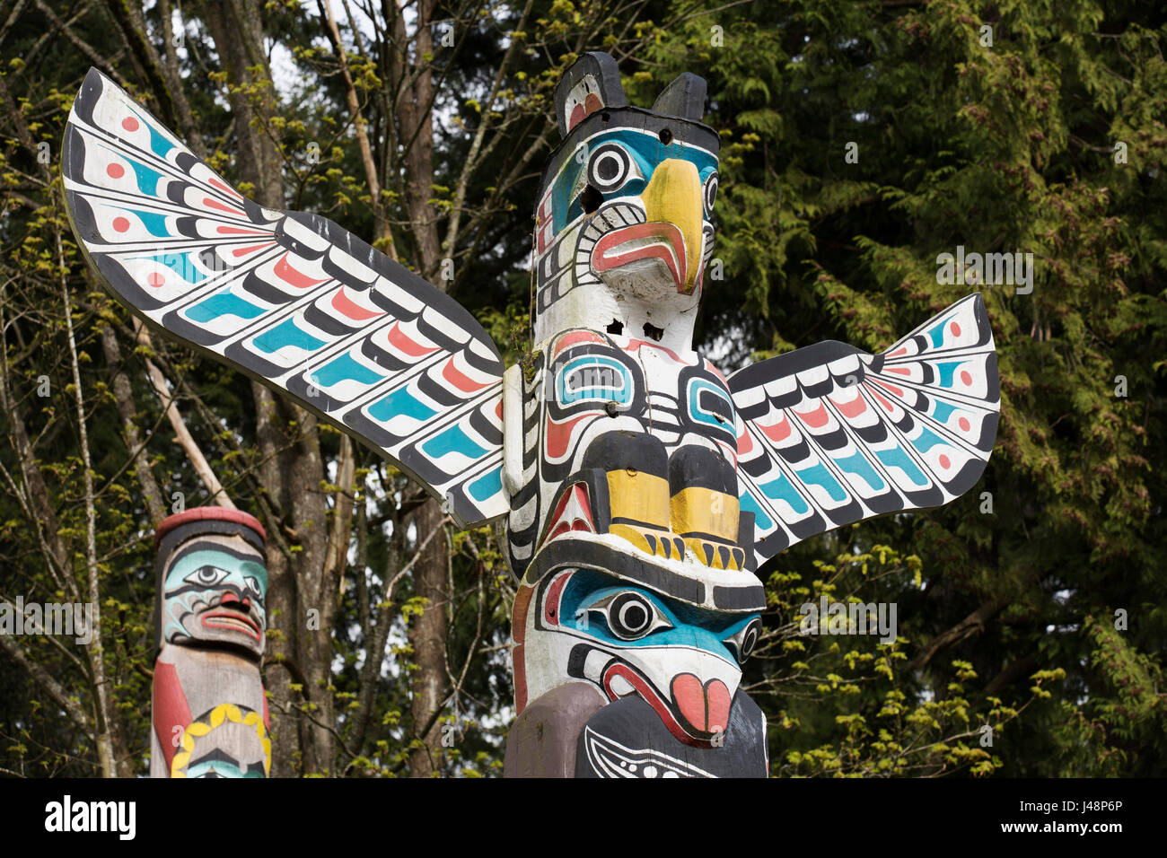 Thunderbird House Post At Brockton Point In Stanley Park In Vancouver,  Canada. Nine Totem Poles Stand In The Park And Are British Columbiau0027s Most  Popu
