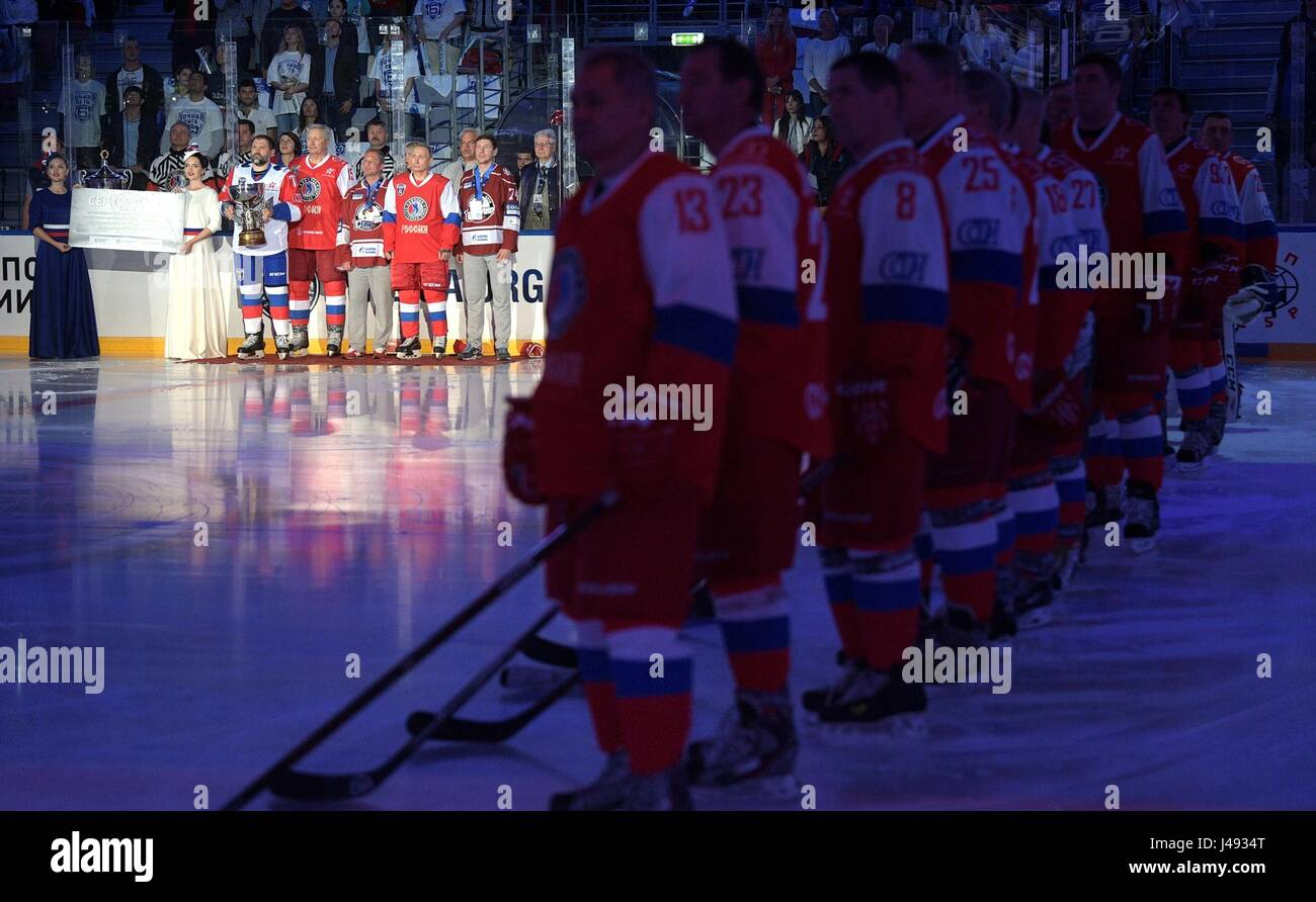 Sochi, Russia. 10th May, 2017. Russian President Vladimir Putin wearing a red jersey with the number 11 during the - Stock Image