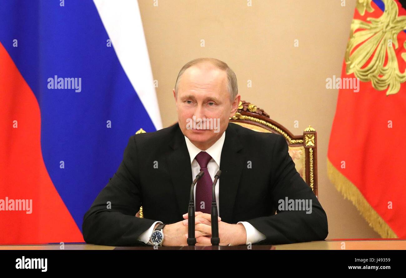 Russian President Vladimir Putin Russian hosts a meeting of the Security Council at the Kremlin May 10, 2017 in - Stock Image