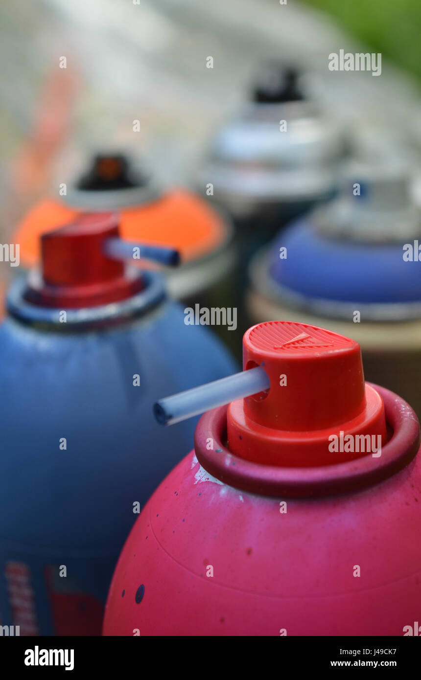 spray paint caps and cans of spray paint stock photo 140349083 alamy