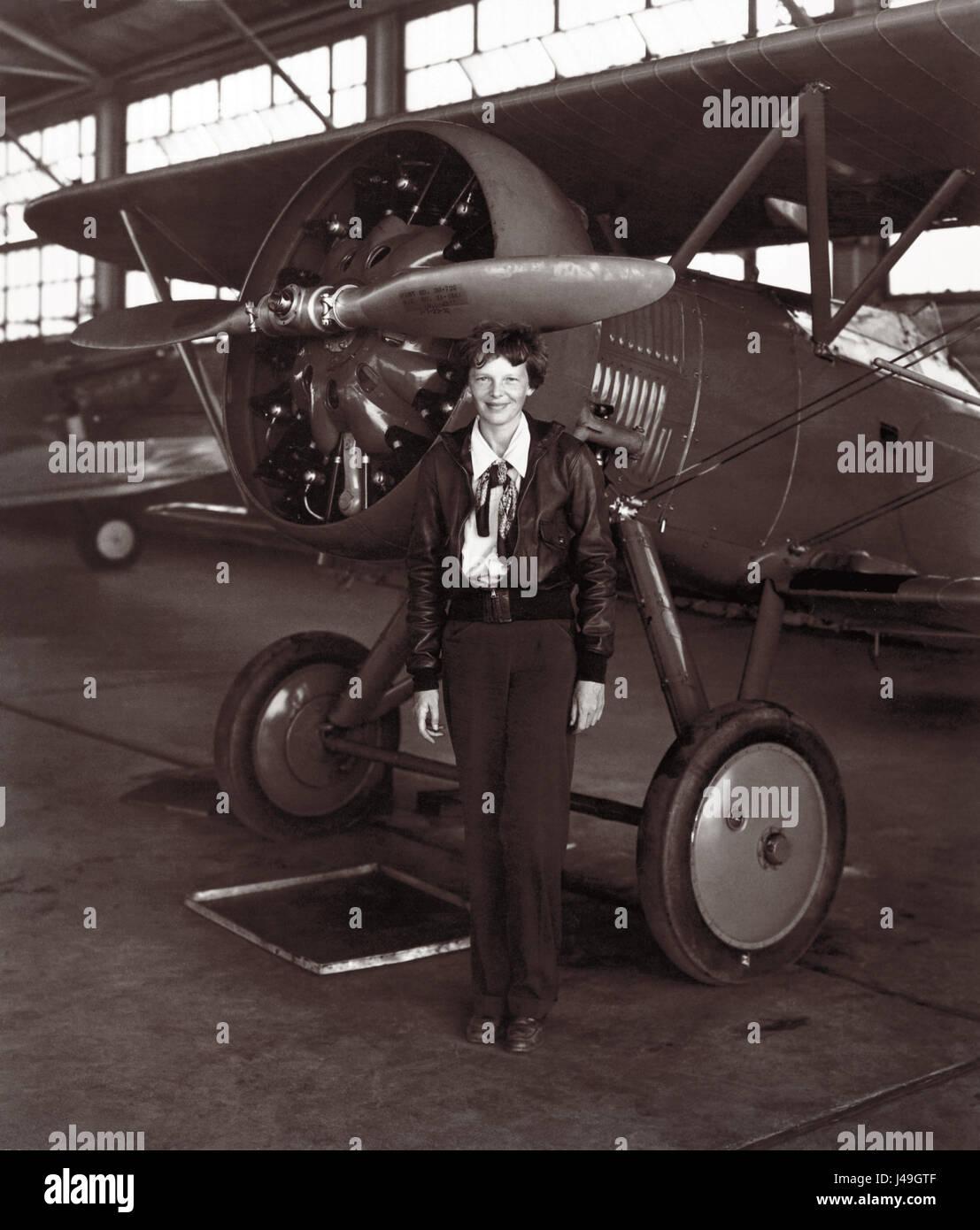www-fist-women-to-fiy-airplane-com