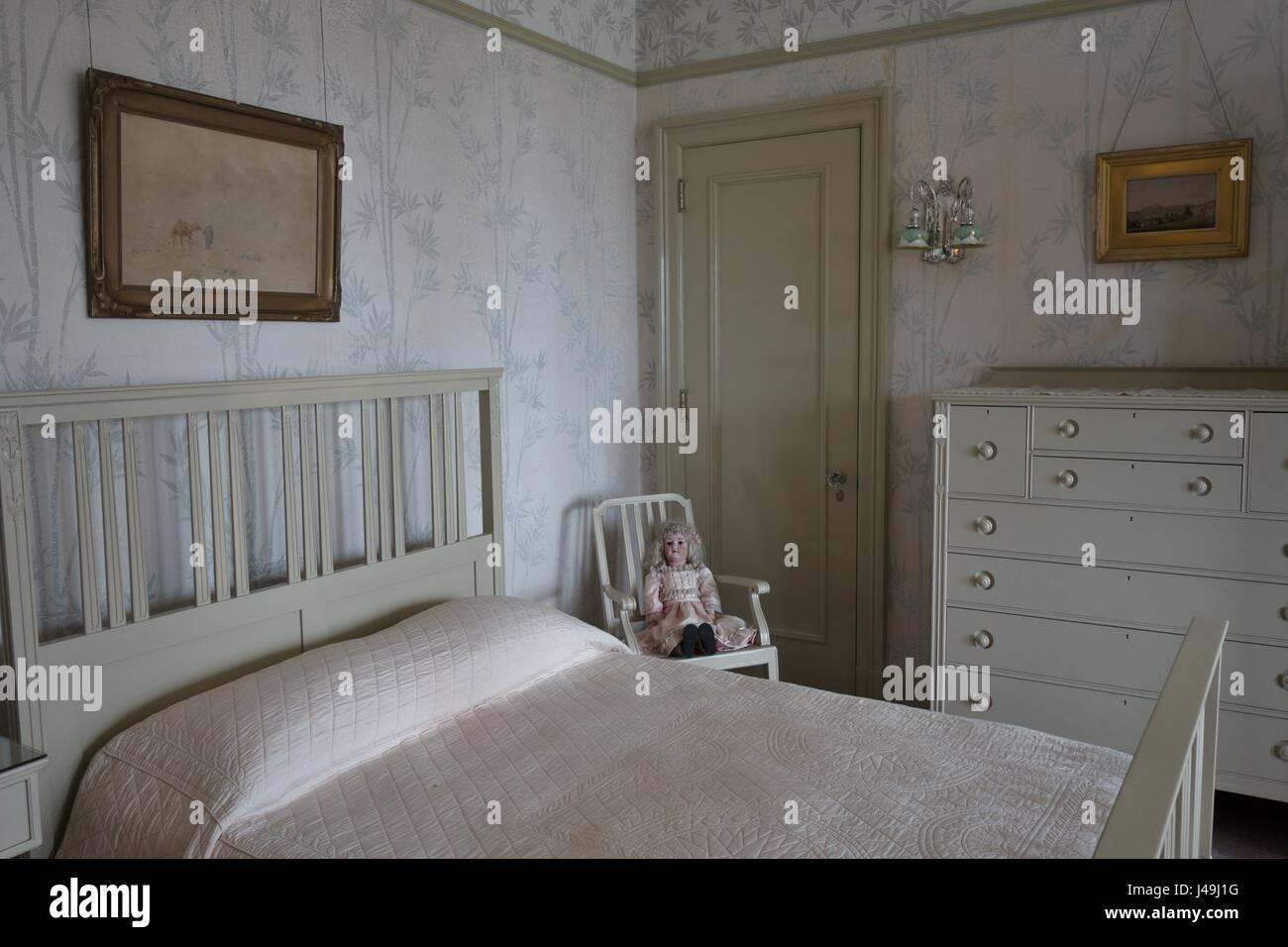 helen congdon s bedroom later elisabeth congdon s bedroom at stock
