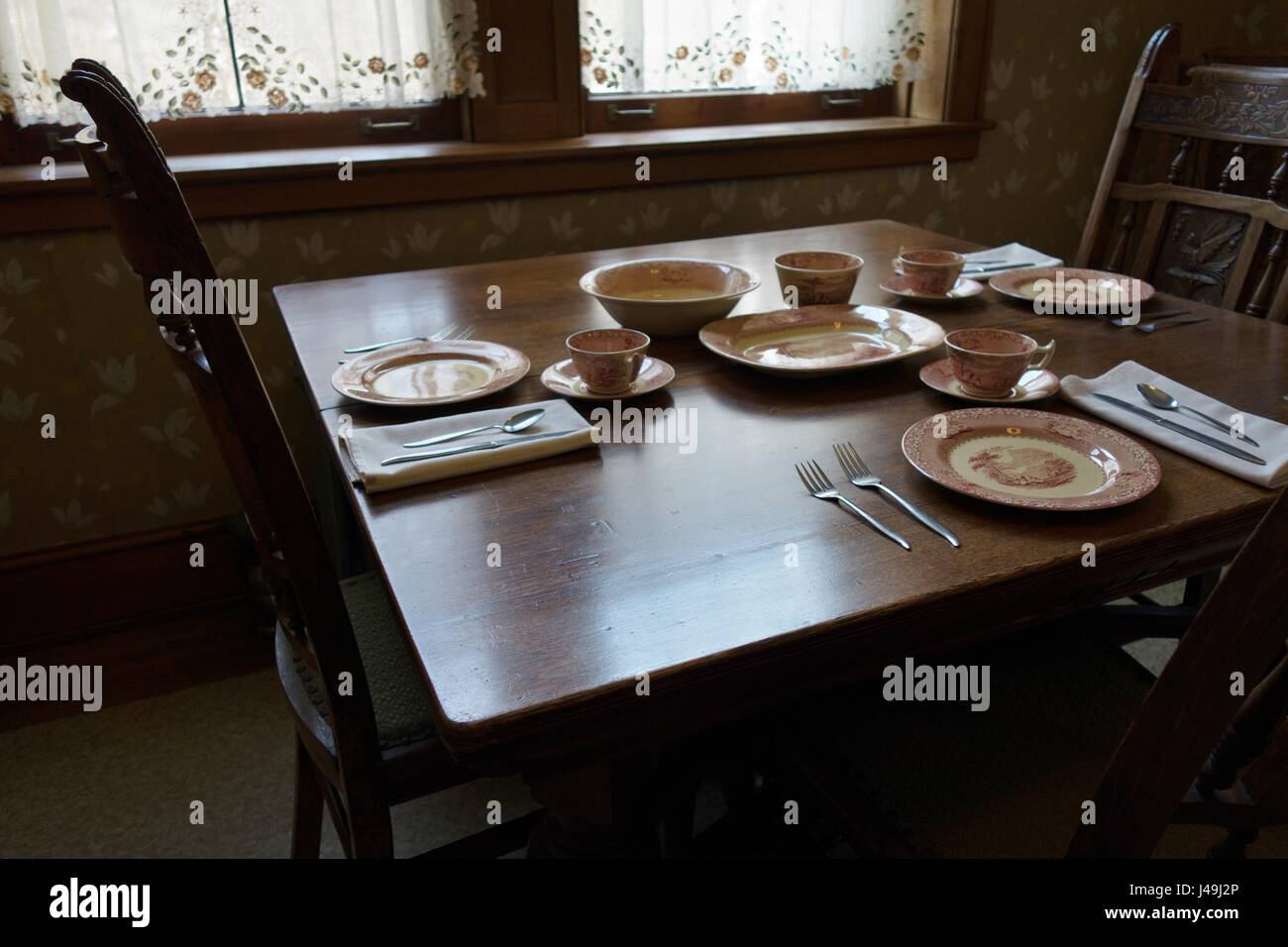 The servant's dining room at Glensheen Mansion in Duluth, Minnesota, USA. - Stock Image