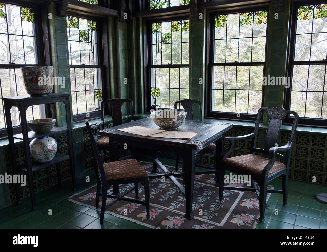 A dining area at Glensheen Mansion in Duluth, Minnesota, USA. - Stock Image