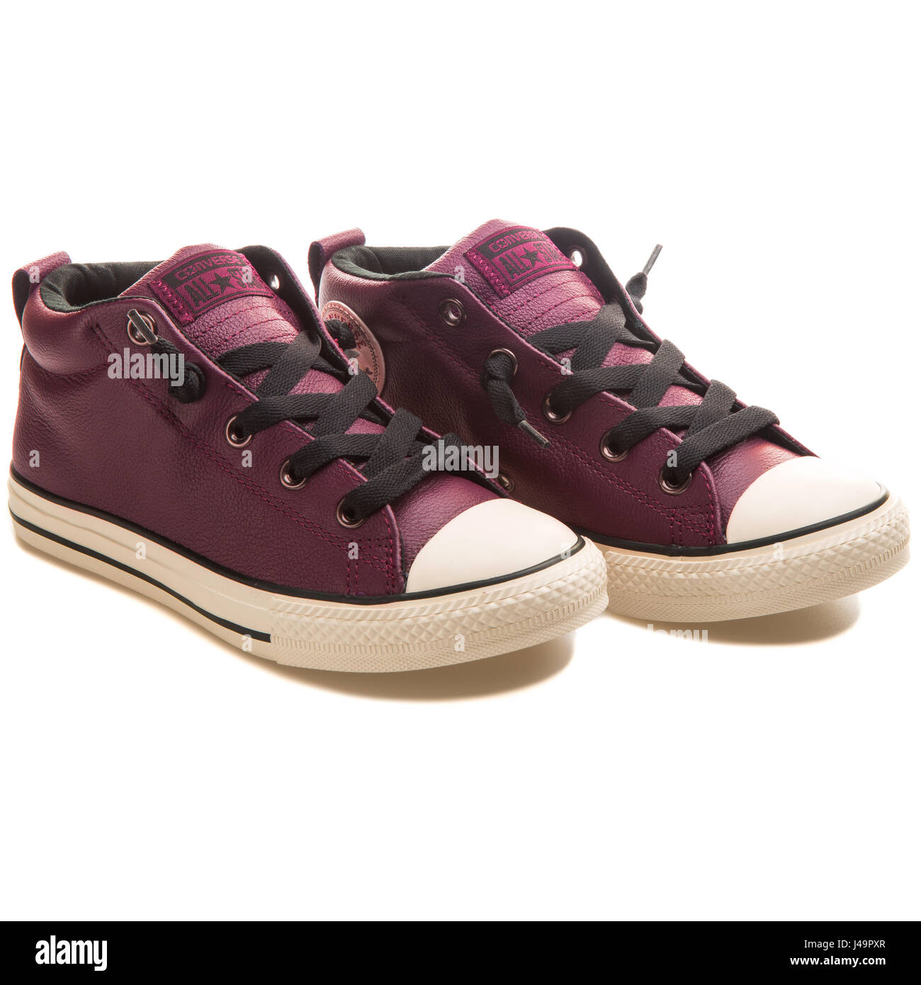 63bd8e7ee3f Converse Chuck Taylor All Star Street Deep Bordeaux - 650074C - Stock Image