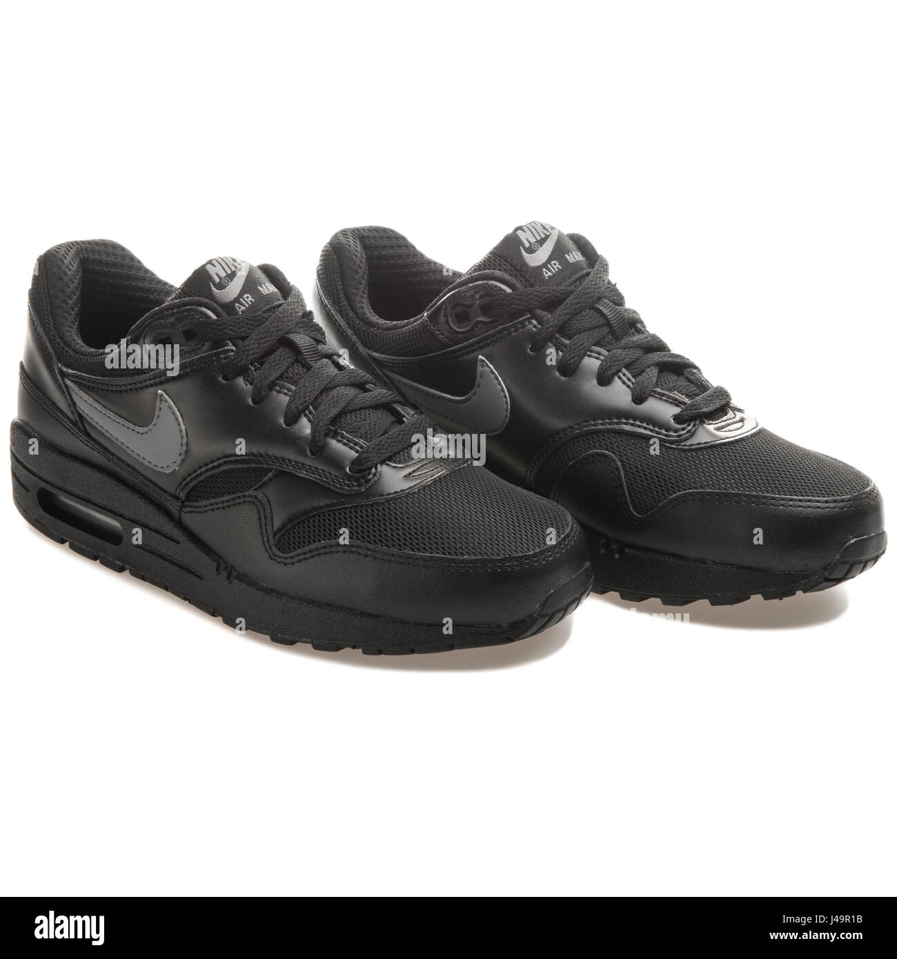 Air Max 1 Gs Stock Photos & Air Max 1 Gs Stock Images Alamy