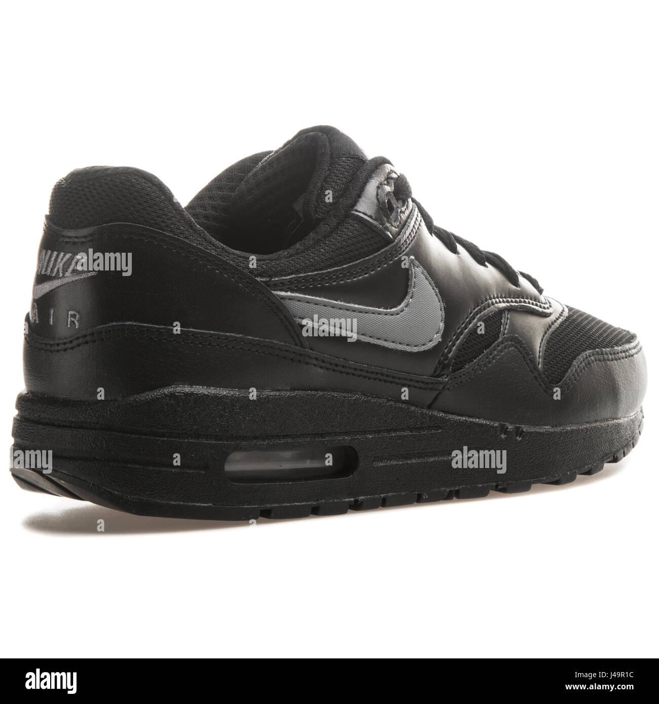 super popular a6533 1b8ce Nike Air Max 1 (GS) Black - 555766-043 - Stock Image