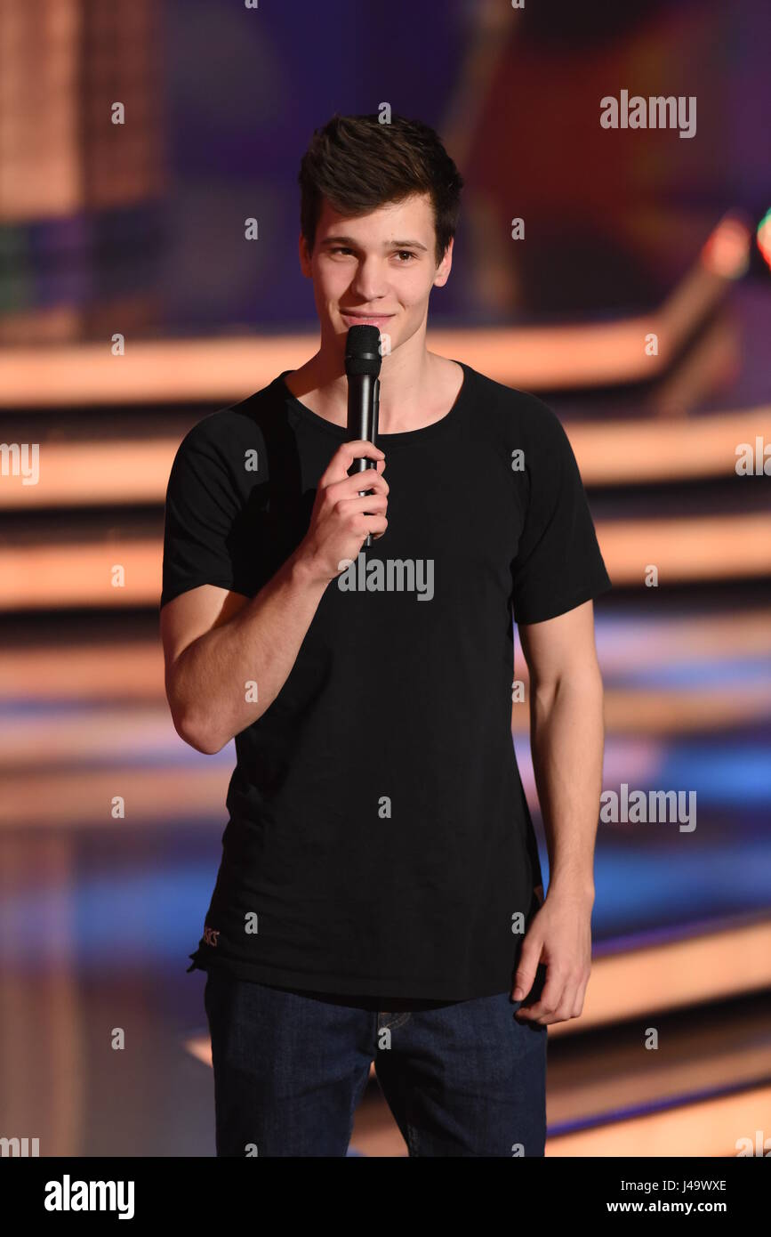 Recording of german ZDF TV show 'Willkommen bei Carmen Nebel' at GETEC Arena.  Featuring: Wincent Weiss - Stock Image