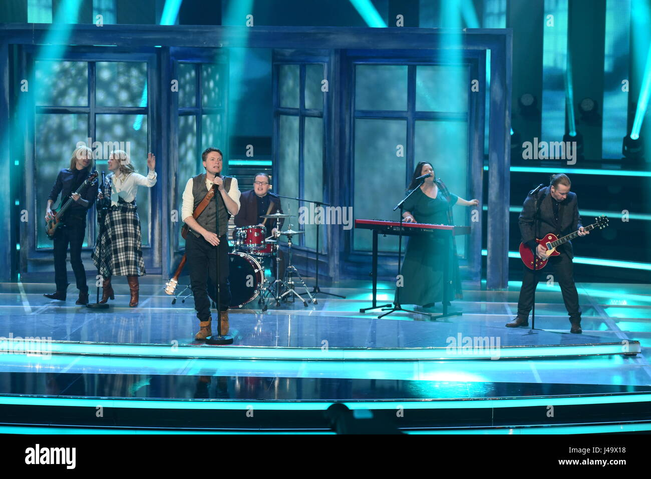 Recording of german ZDF TV show 'Willkommen bei Carmen Nebel' at GETEC Arena.  Featuring: The Kelly Family - Stock Image