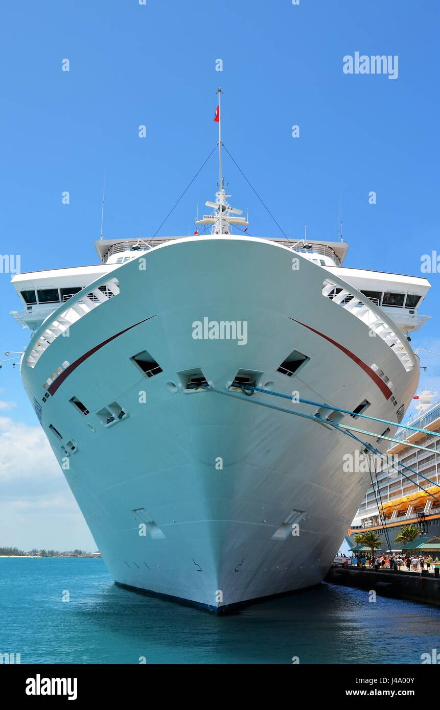 Ship anchored at the port of Nassau in the Bahamas - Stock Image