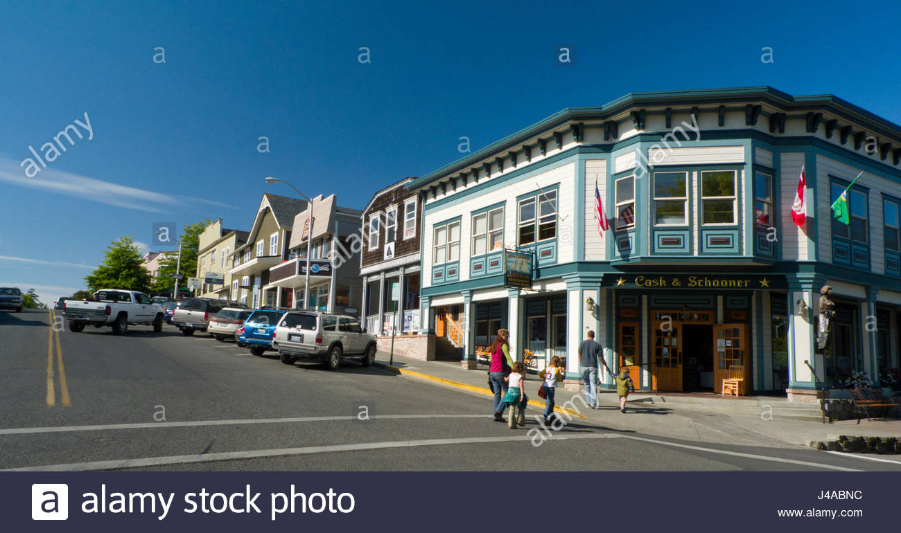 shops and restaurants along spring street friday harbor san juan stock photo 140370312 alamy. Black Bedroom Furniture Sets. Home Design Ideas