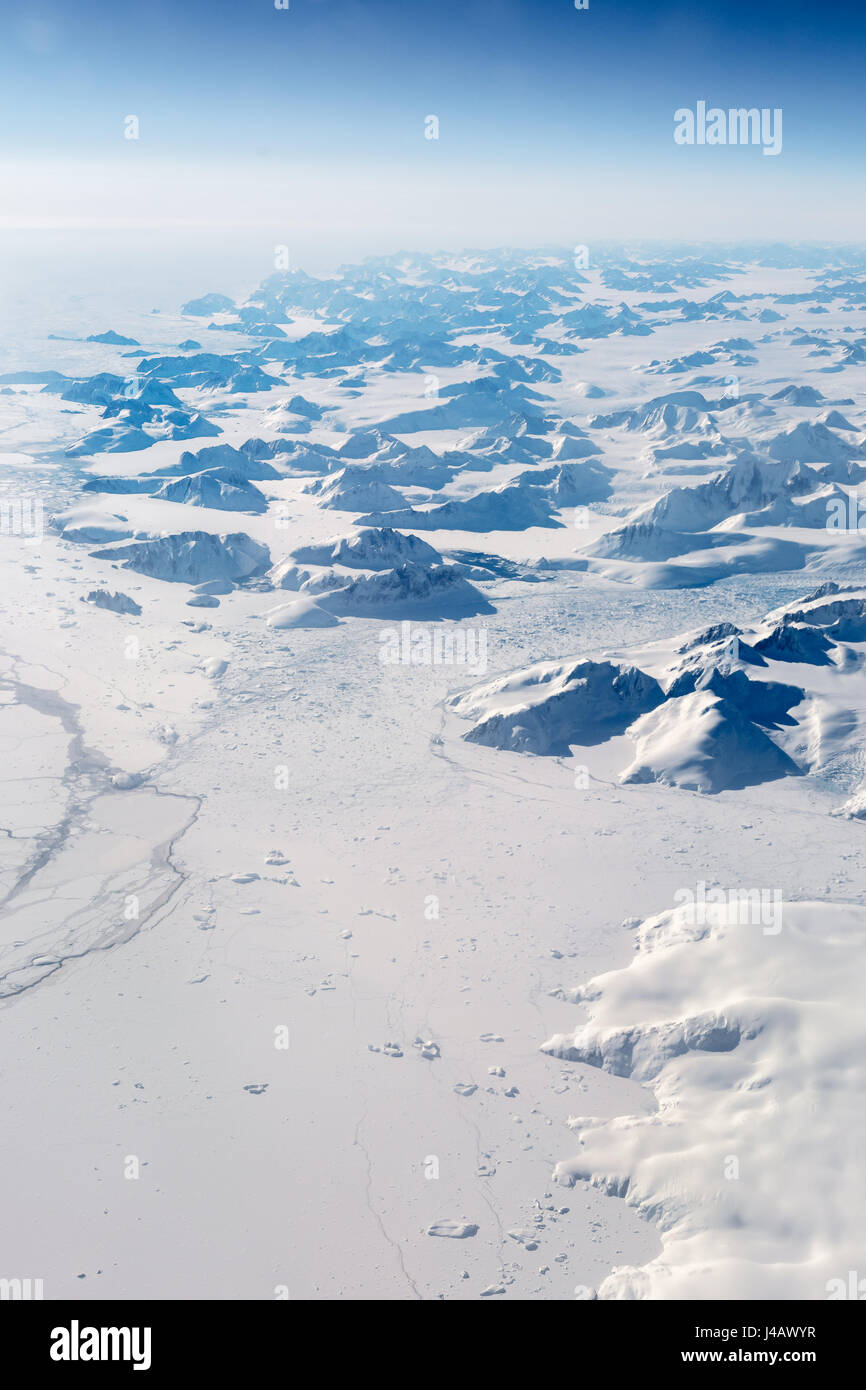 Vallet glaciers in Greenland opening onto frozen fjord - Stock Image